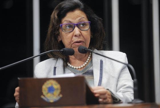 Senadora Lídice da Mata (PSB-BA) lamenta morte de artistas baianos