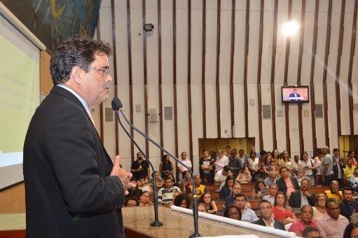 Angelo Almeida_Frente Parlamentar
