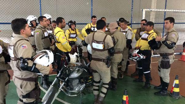 Curso sobre motociclismo policial